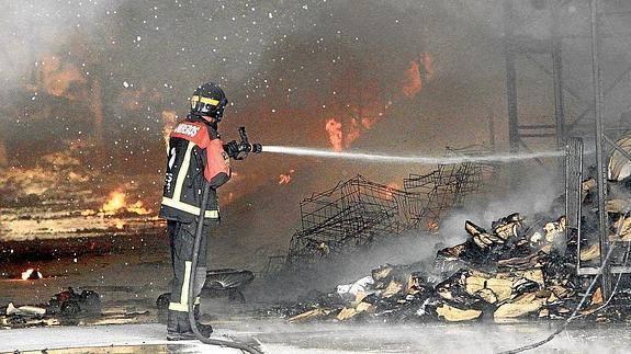 El empresario responsable de la muerte de una trabajadora en el incendio de su empresa, no pisará la cárcel