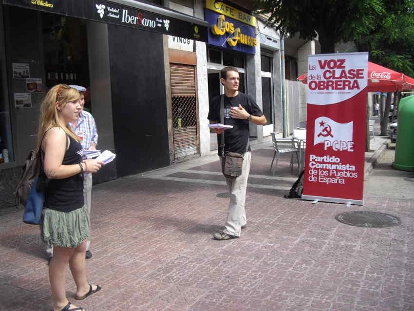 Inicio de campaña «ni troika, ni referendum»