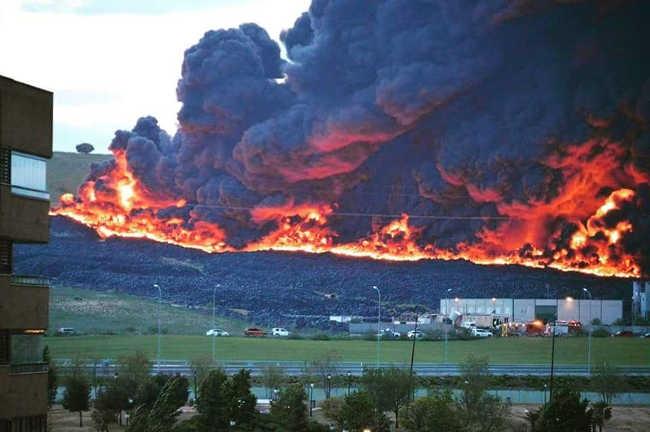 El PCPE y los CJC ante el incendio del cementerio de neumáticos en Seseña
