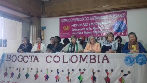 Presidenta de la FDIM Marcia Campos y las vice-presidentas
