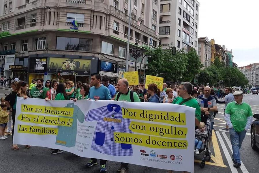 Ante las huelgas del profesorado de Cantabria por el aumento del horario lectivo en junio y septiembre