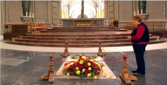La sentencia del Tribunal Supremo sobre la exhumación de los restos del Dictador Franco, otra muestra mas del desprecio por los republicanos y republicanas asesinados