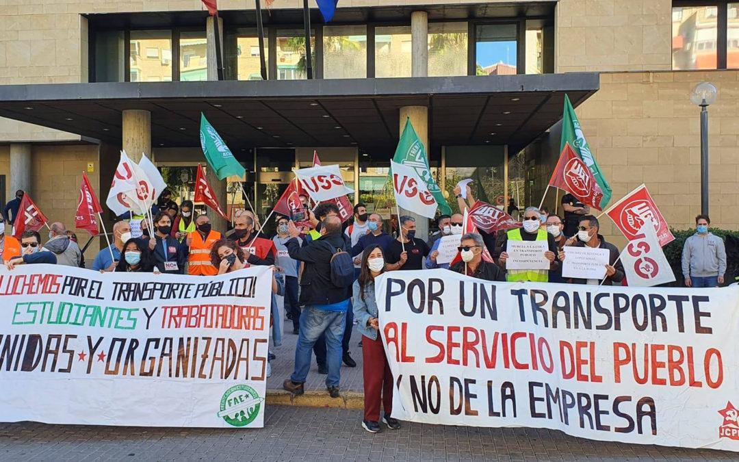 [Murcia] Victoria de la plantilla de autobuses LAT por la recuperación de jornada y servicios