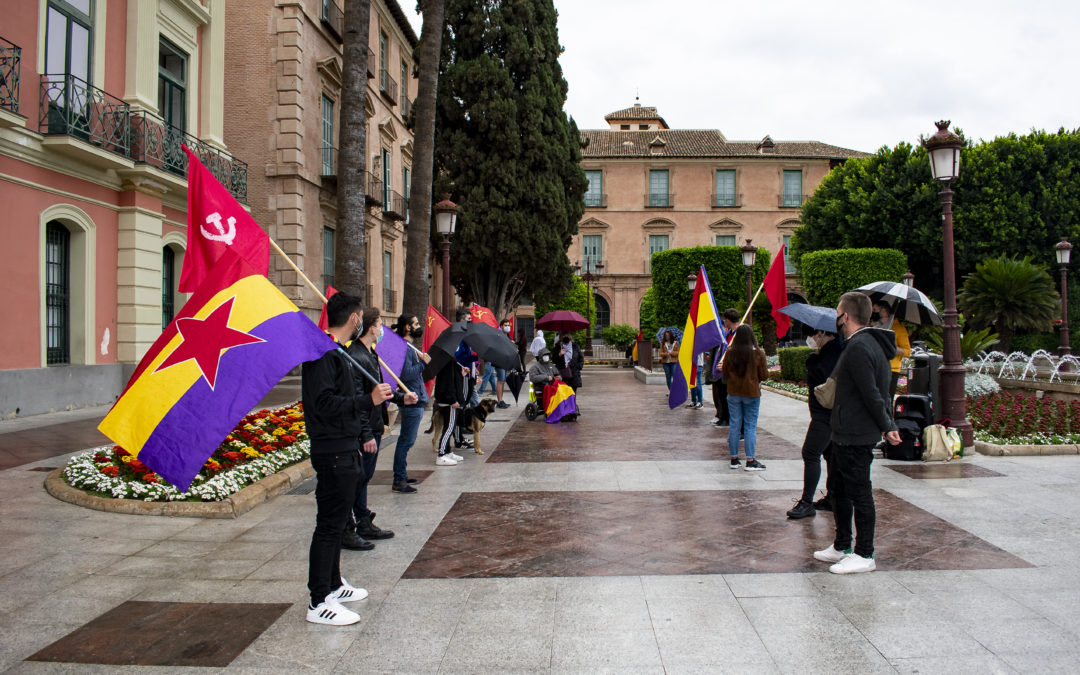 [Murcia] 14 de abril