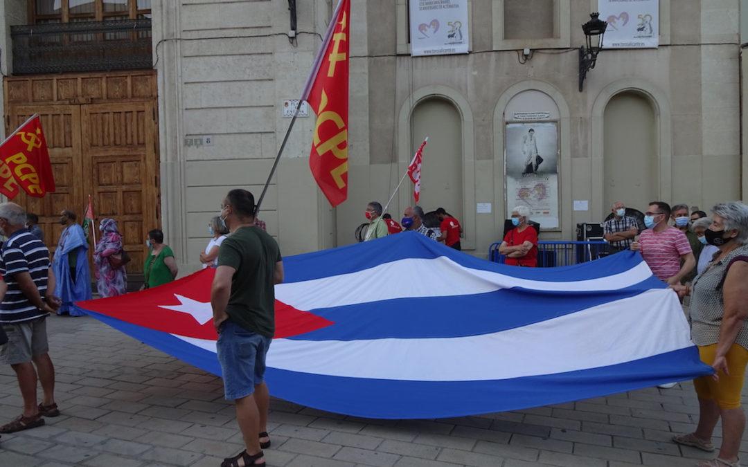 [Alacant] Concentración de denuncia del criminal bloqueo contra Cuba